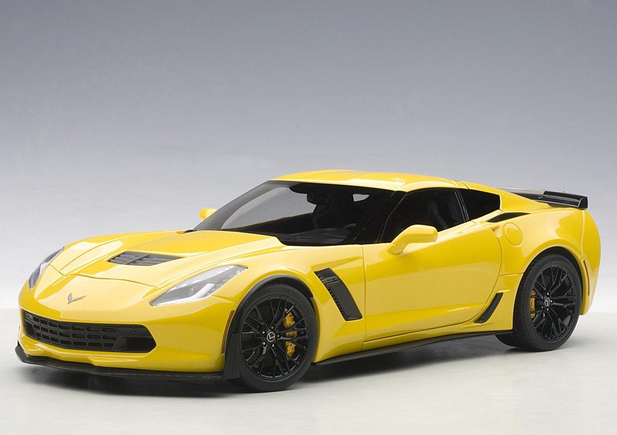 Коллекционная модель Chevrolet Corvette C7 Z06 2016 Corvette Racing Yellow