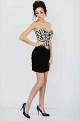 Mac Duggal 40352_2 Платье короткое, золотого цвета, украшенное стразами и бахромой
