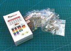 Набор выводных резисторов 0.25W (1 Ом-9.1 Ом) 24 номинала по 10шт.