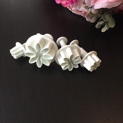 Плунжер цветок 8 лепестков 4в1 (35мм. 25мм. 20мм. 10мм.)