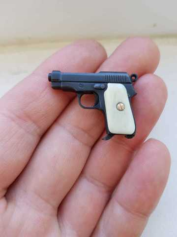 Miniature Beretta 934