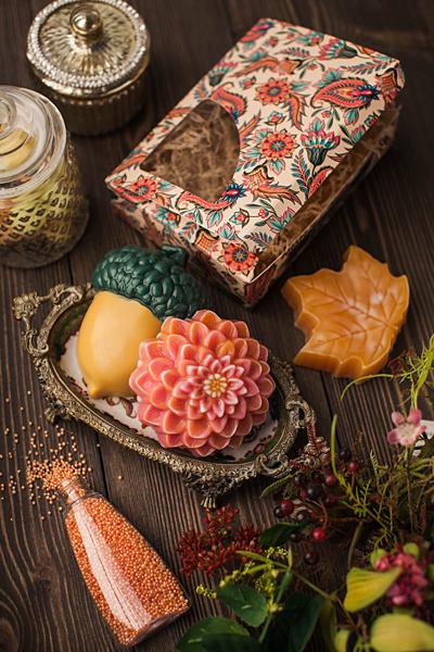 Мыло по форме Кленовый лист