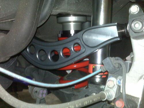 Установленные развальные рычаги Honda Civic 4d