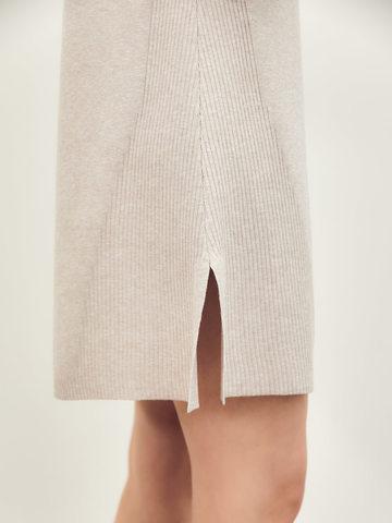 Женское платье светло-кофейного цвета из вискозы - фото 6