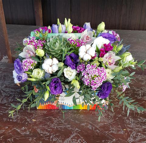 Ящик с цветами Первый