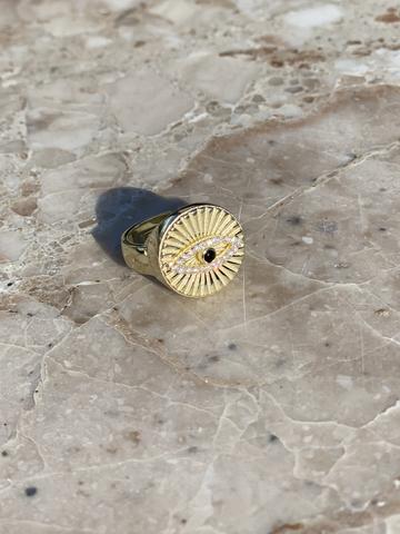 Кольцо-печатка Глаз Ра из позолоченного серебра