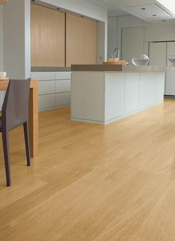 Natural varnished Oak planks | Ламинат QUICK-STEP EL896