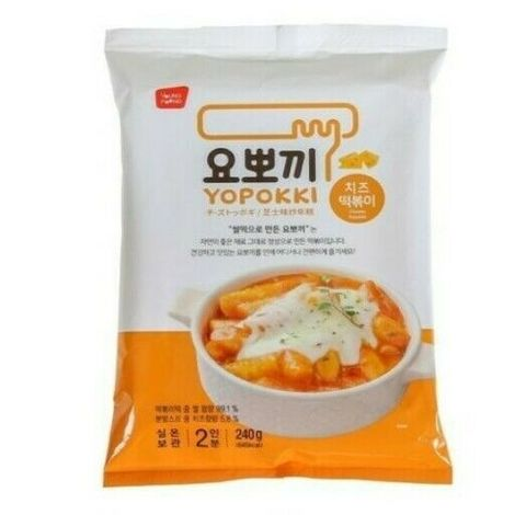 Рисовые палочки токпоки Young Poong Cheese Yopokki в сырном соусе 240 гр