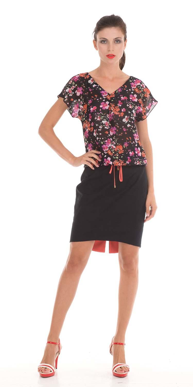 Юбка Б791-112 - Прямая хлопковая юбка на лето. Асимметричная линия низа- задняя часть удлинена и изнанка оформлена контрастной тканью.  Смотрится стильно и необычно