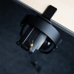 Gravity HP HTC 01 B держатель для наушников для крепления к столу