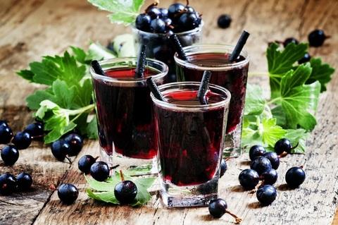 Черный десертный чай Свежая смородина ЧАЙ ИП Кавацкая М.А. 0,1кг