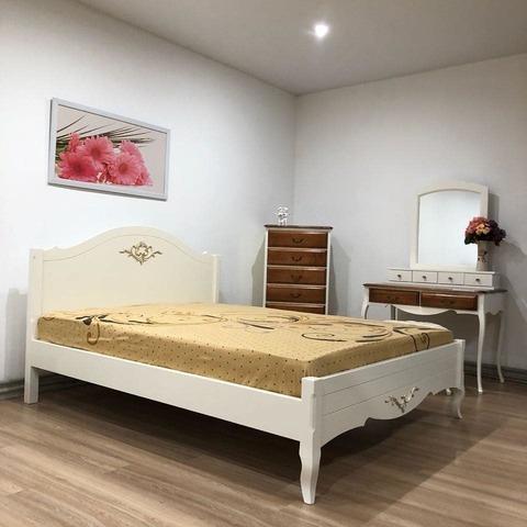 Кровать в стиле прованс фото