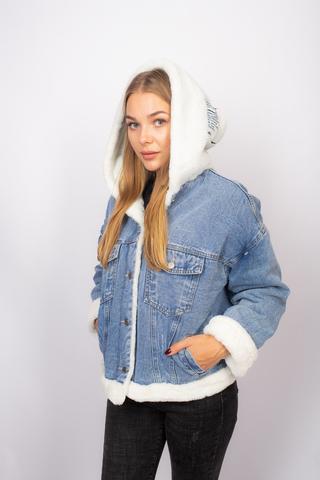 джинсовая куртка с мехом с капюшоном купить