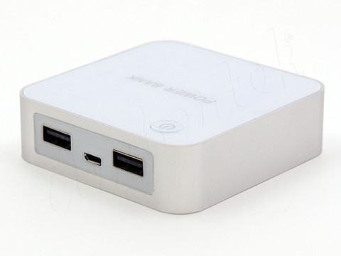Портативное зарядное устройство Ambertek Power Bank PB8400