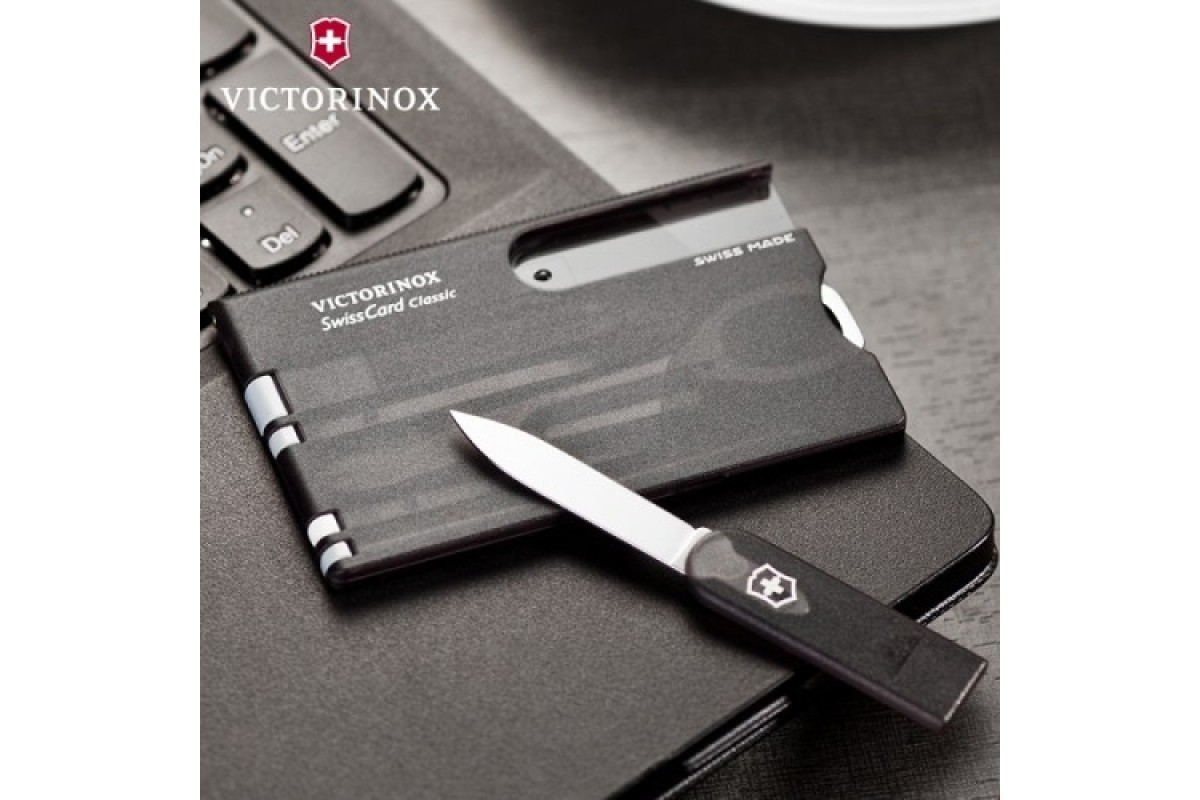 Швейцарская карта Victorinox SwissCard Classic Black (0.7133.T3) чёрная полупрозрачная - Wenger-Victorinox.Ru
