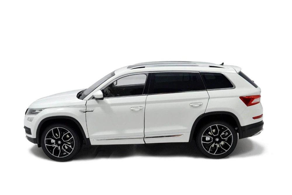 Коллекционная модель SKODA KODIAQ 2018 WHITE