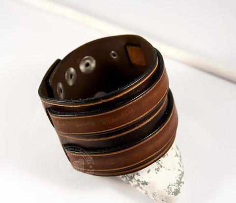 BL447 Широкий браслет напульсник из гладкой кожи на кнопках