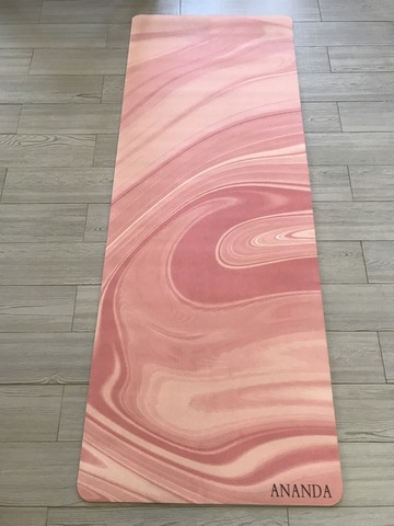 Коврик для йоги Ananda pink water 183*68*0,3 см из микрофибры и каучука