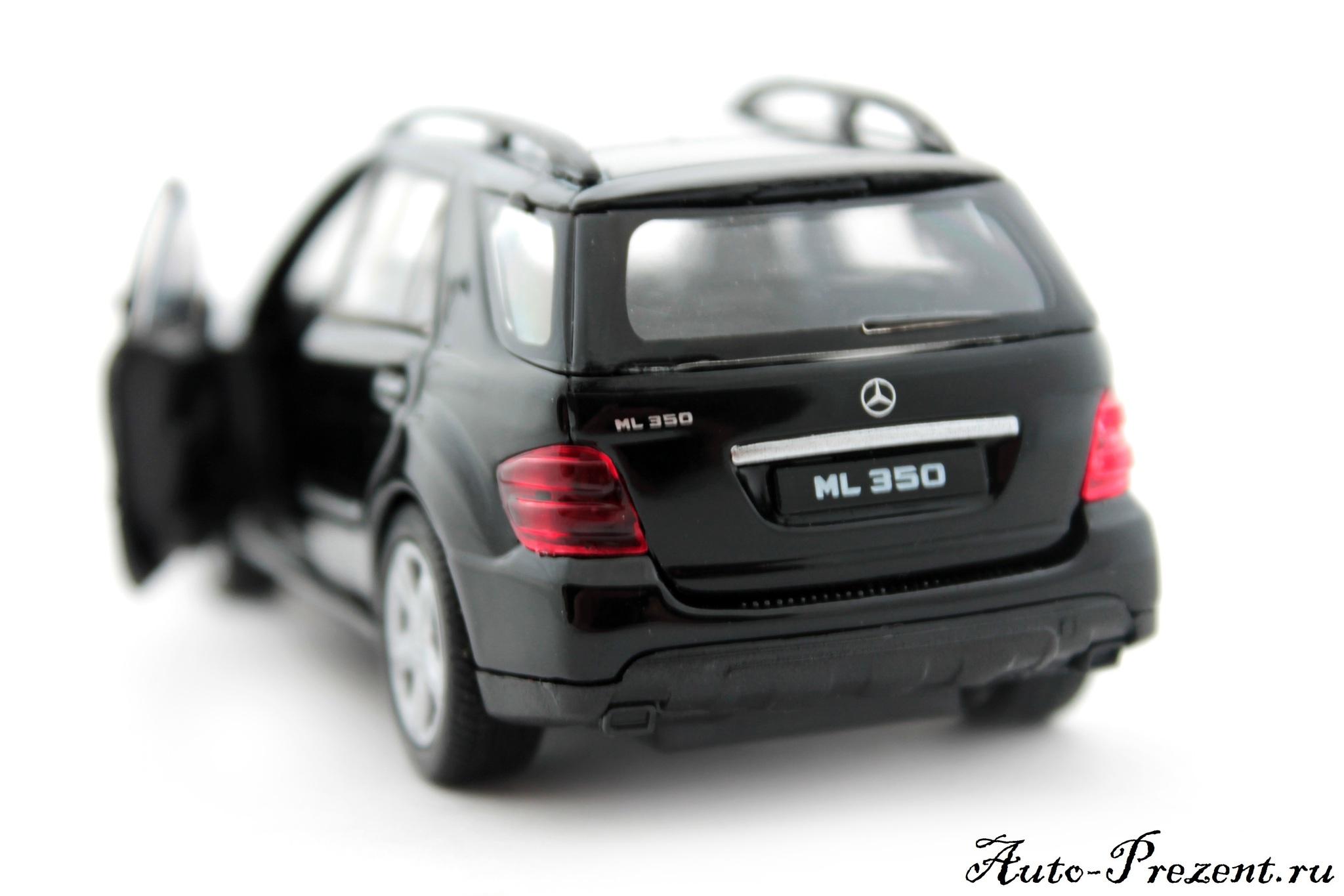Машинка-игрушка Mercedes-Benz ML350