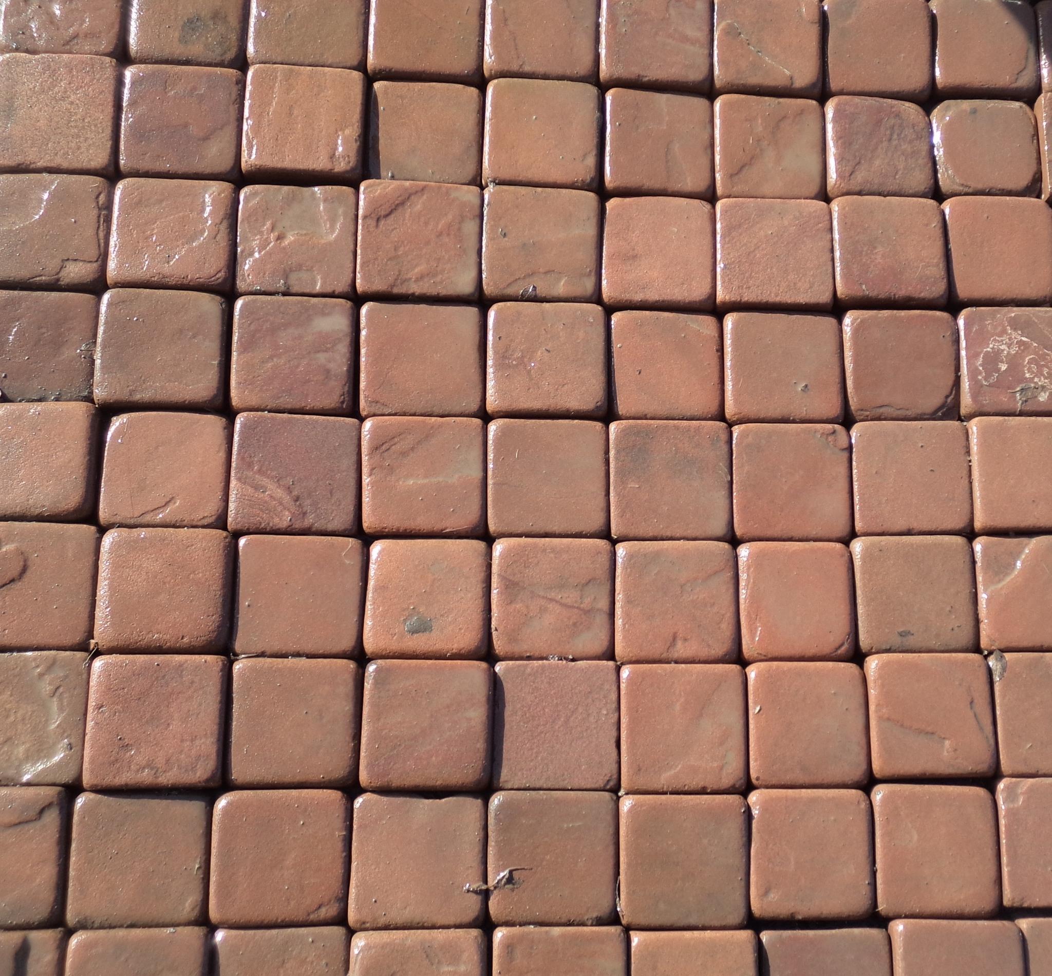 брусчатка песчаник пилено-галтованный Терракот (красный), пример кладки