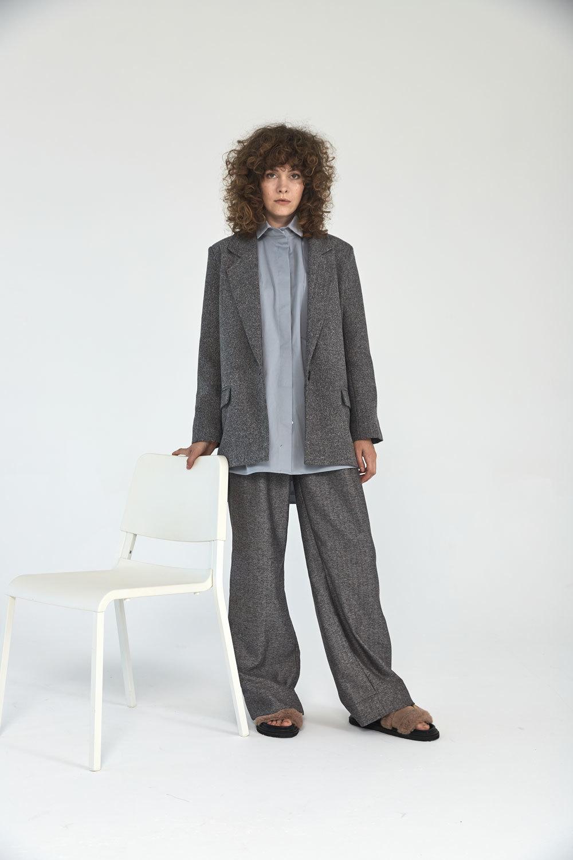 Широкие брюки с двумя складками (костюмный твил), елочка черная