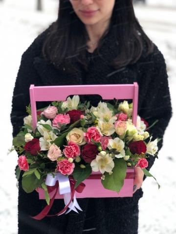 Розы в деревянном ящике #18961