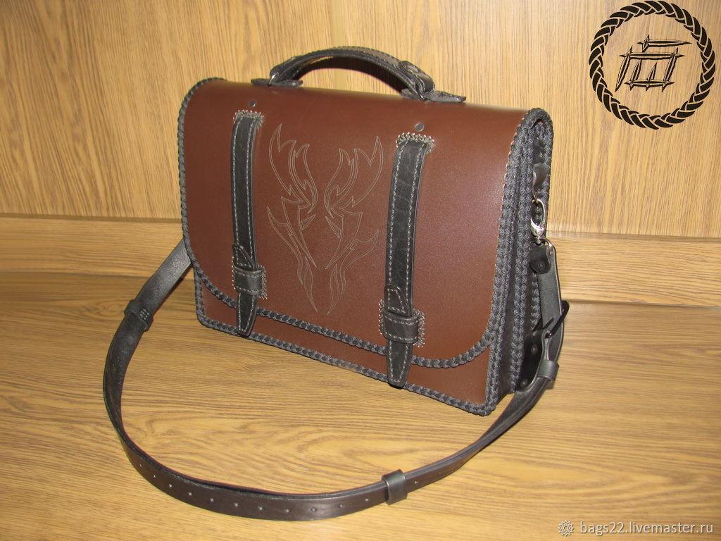 Кожаные сумки, портфели и аксессуары в ассортименте