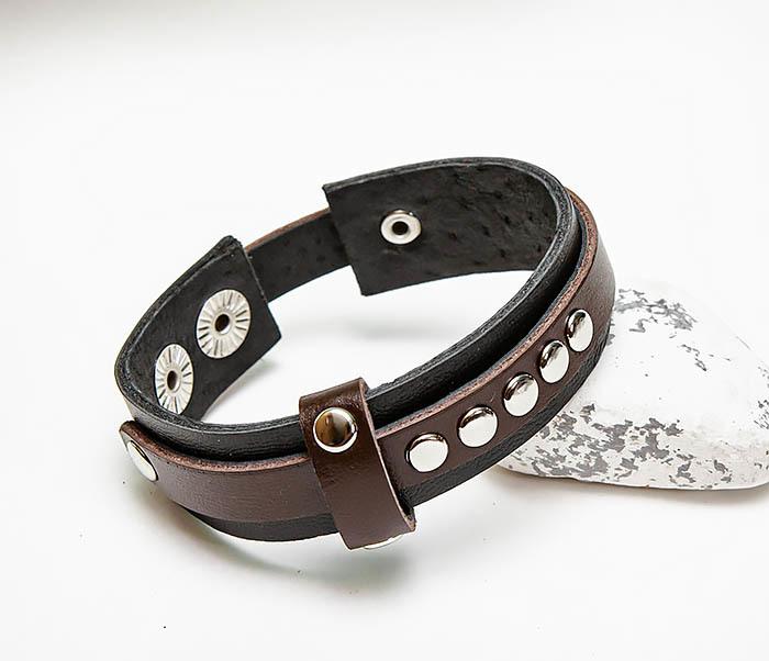 BL795-2 Браслет из черной и коричневой кожи с заклепками
