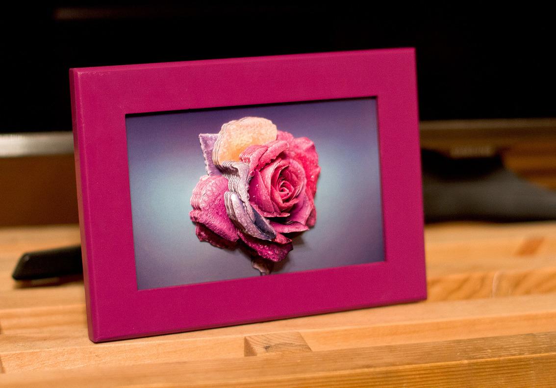 Папертоль Радужная роза — пример оформленной работы.