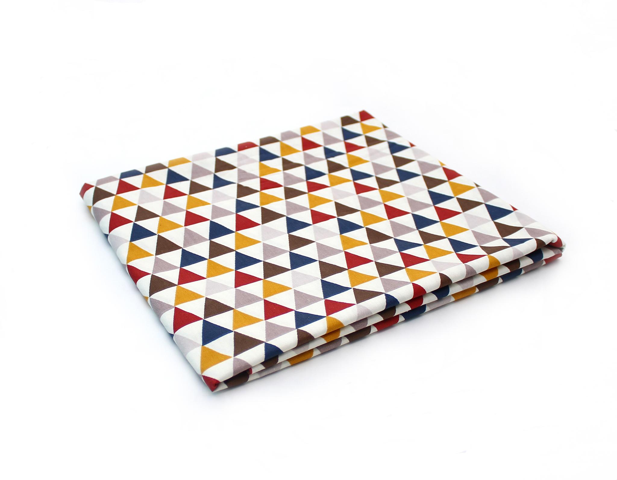Треугольники цветные