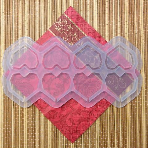 Силиконовая форма леденец-погремушка Сердечки 10 граней №276 5 см 8 шт