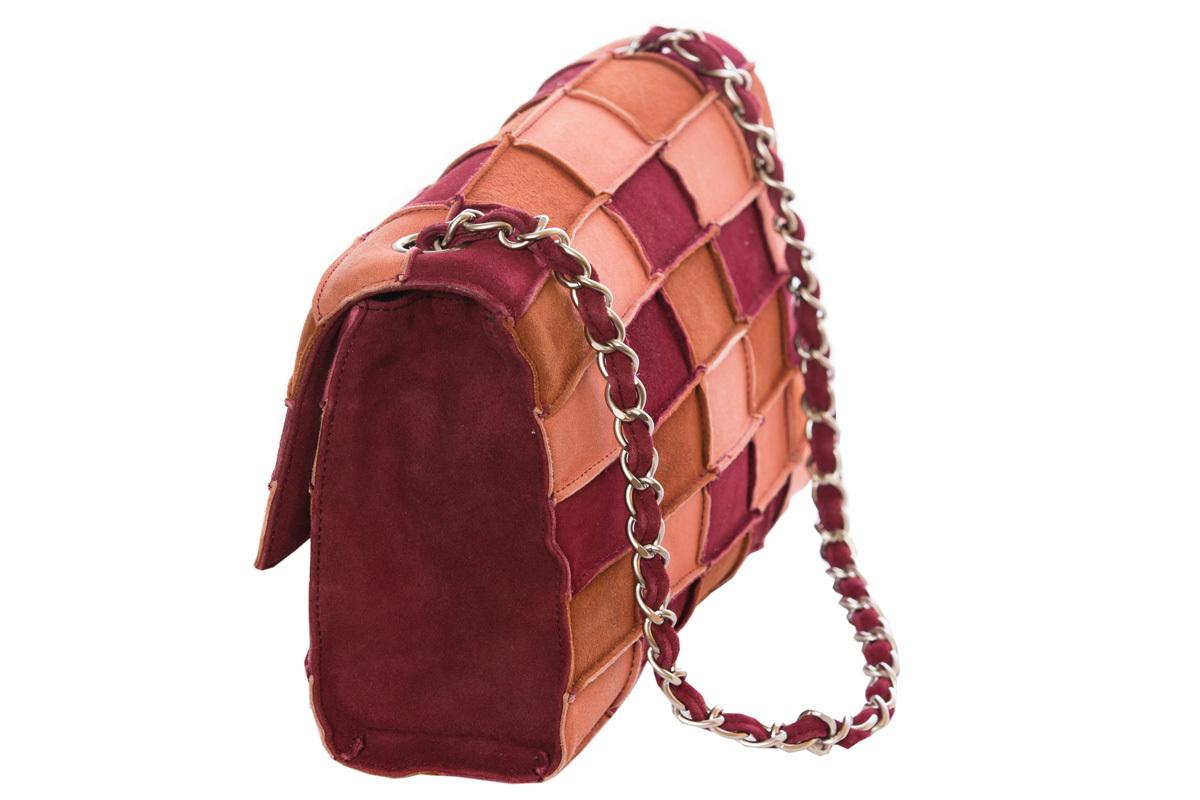 Замшевая сумка в стиле пэчворк от Chanel 1998 г.