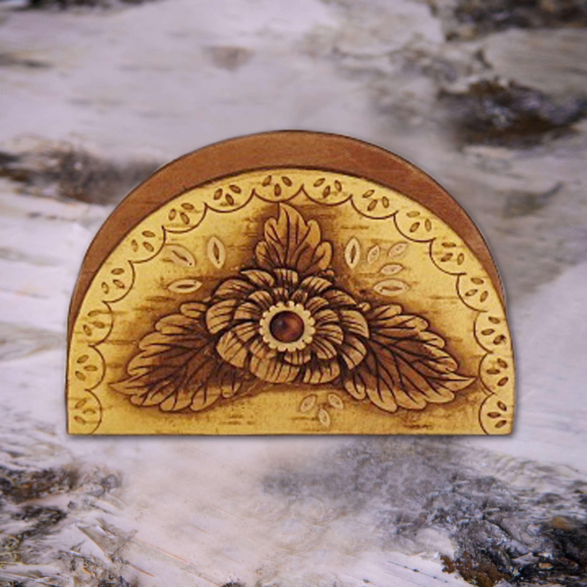 Салфетница резная цветок