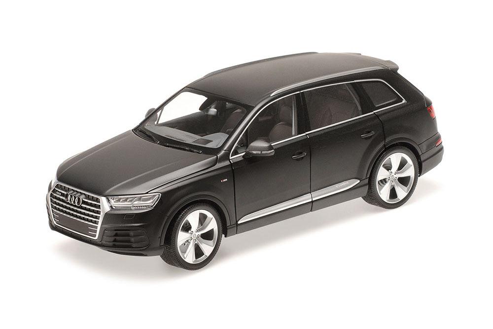 Коллекционная модель Audi Q7 2014 Matt Black