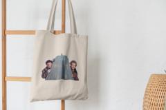Сумка-шоппер с принтом Один дома, Гарри и Марв (Home Alone) бежевая 002