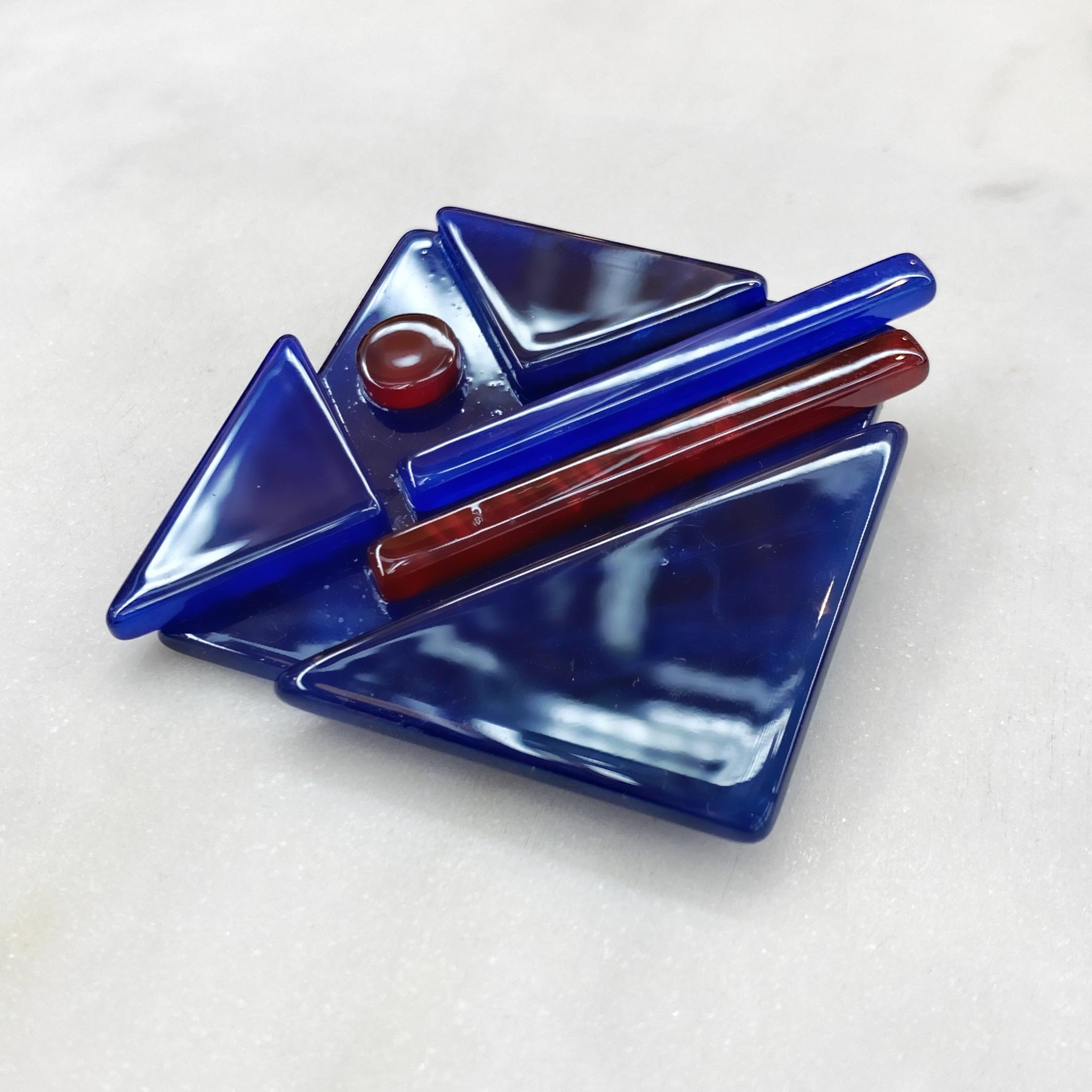 Брошь Акрил Cупрематизм Треугольники синий