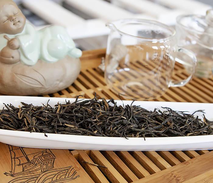 TEA-CH127 Китайский красный чай «Сосновые Иглы» (Сун Чжень Дянь Хун, 50 гр) фото 06