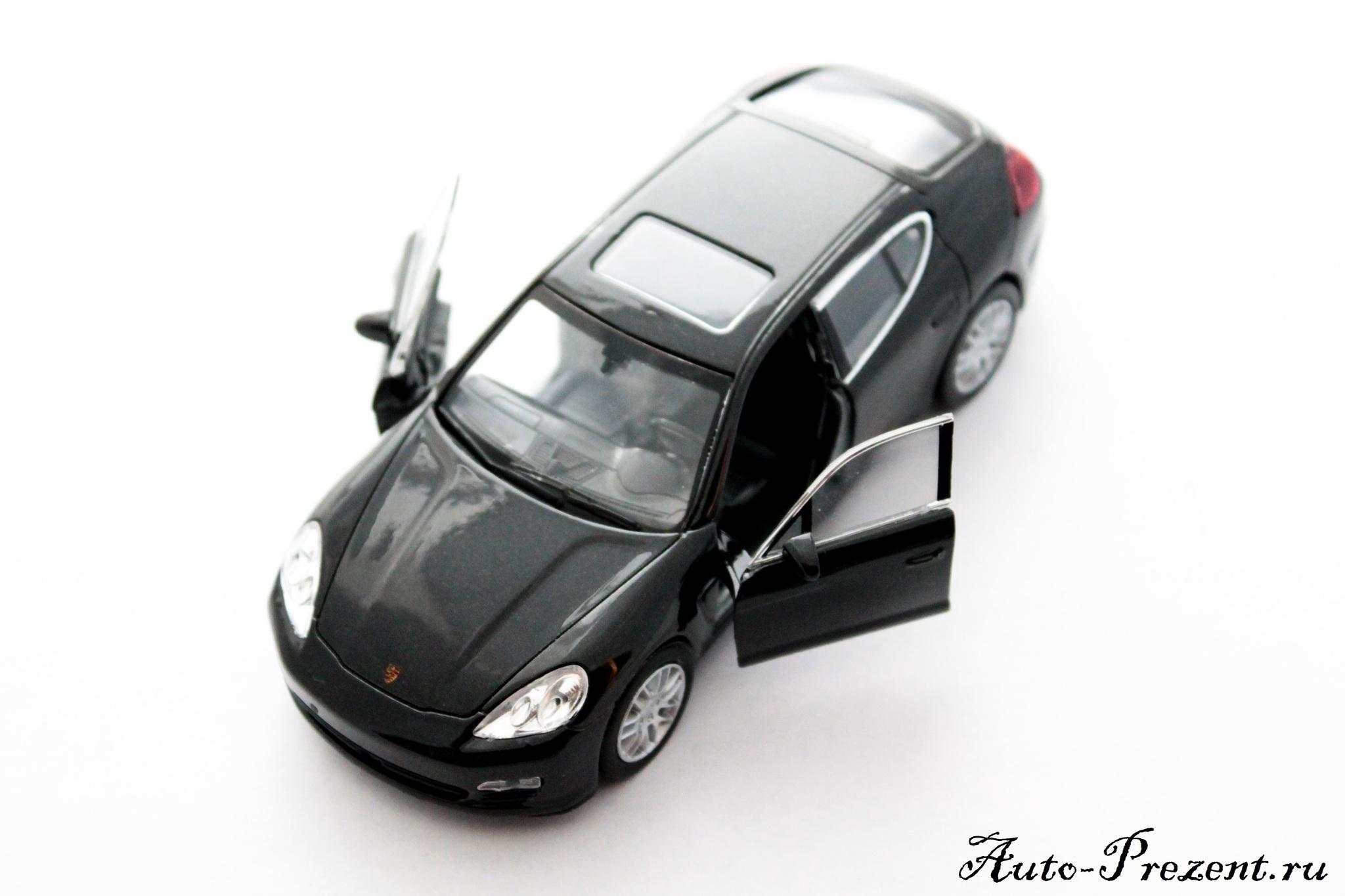Машинка-игрушка Porsche Panamera S