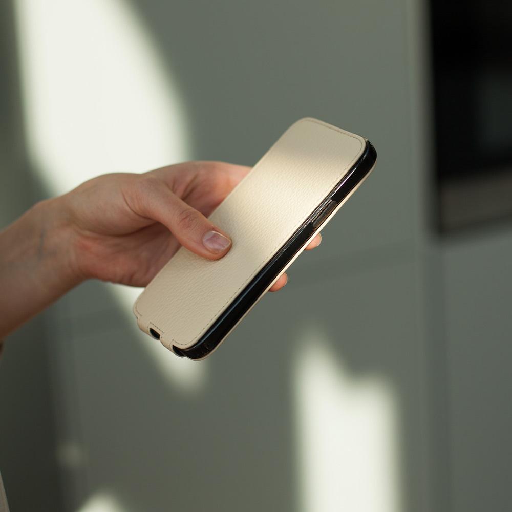 Чехол для iPhone 12/12Pro из натуральной кожи теленка, молочного цвета