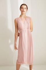 Ночная рубашка миди на бретелях нежно-розового цвета