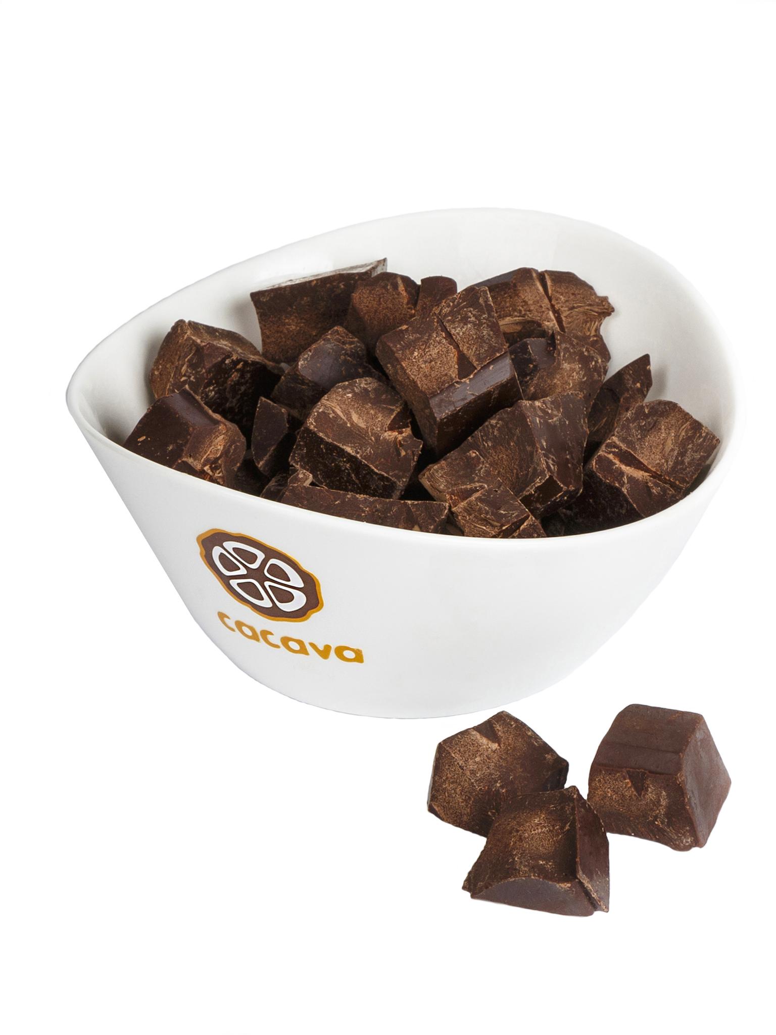 Какао тёртое кусочками (Эквадор), внешний вид