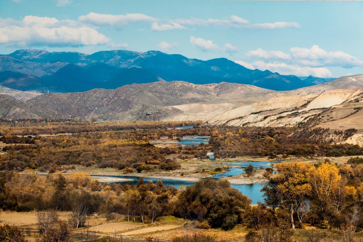 фото 70x105см №11 Пейзаж с рекой