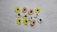 Цветок ромашки с блеском, 4 см.