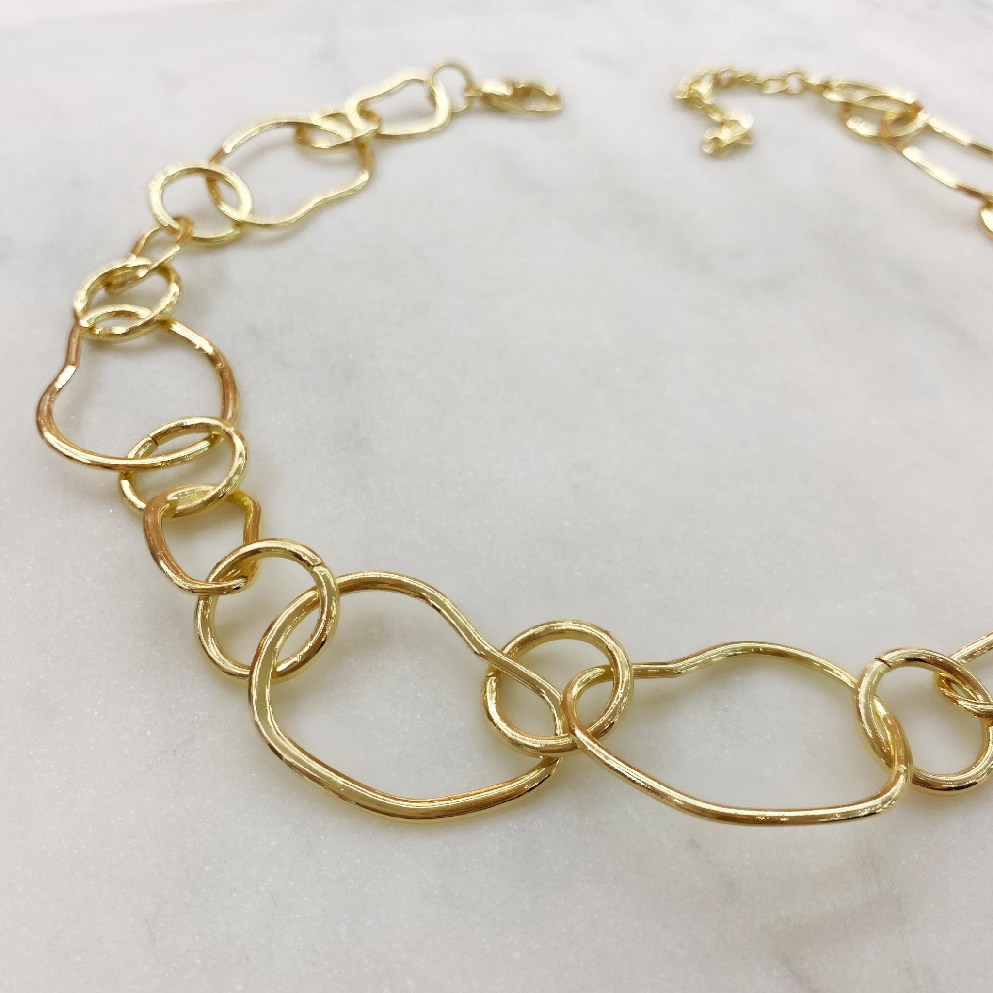 Колье-цепь из звеньев неправильной формы (золотистый)