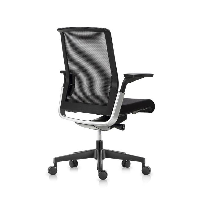 Офисное эргономичное кресло Match черная сетка - вид 5