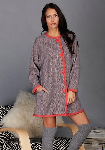 Теплый женский халат на пуговицах