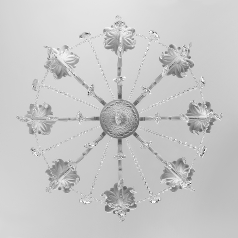 Подвесная люстра с хрусталем 10108/8 белый/прозрачный хрусталь Strotskis