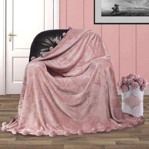 Плед плюшевый с бубонами, бледно-розовый
