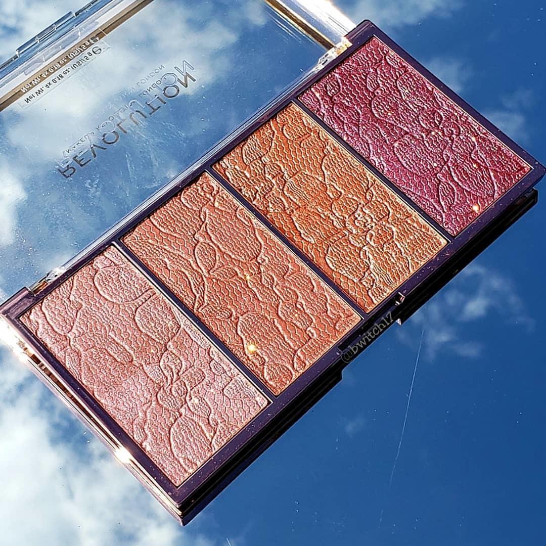 MakeUp Revolution Vintage Lace Intense Cream To Powder Blusher