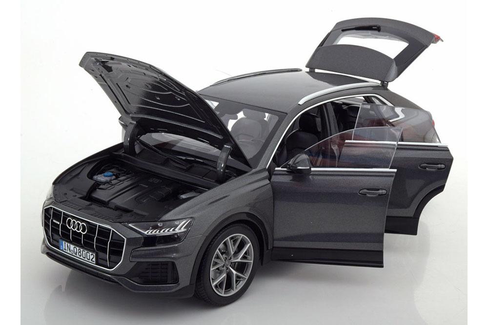 Коллекционная модель AUDI Q8 V8 TDi QUATTRO 2018 SAMURAI GREY METALLIC